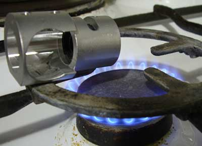 heating collimtor body with gas flame